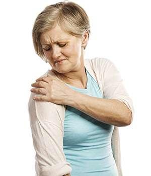 Женщина до применения Хондрексила для суставов