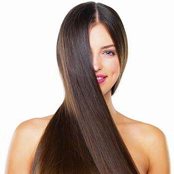 Женщина после применения сыворотки Имира для волос