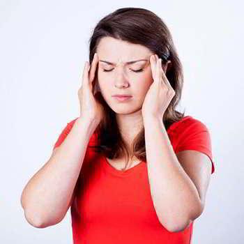 Женщина не принимающая Гипертен от гипертонии