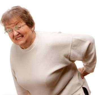 Женщина до применения крема для суставов Акулий жир