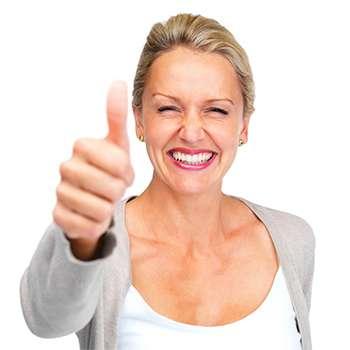 Женщина улучшила свое зрение с помощью препарата Оптитрин.
