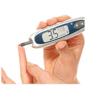 женщина снизила уровень диабета в крови благодаря лекарству Глюкон.