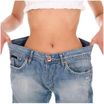 Женщина избавилась от лишнего веса благодаря капсулам Keto Fit Shake.